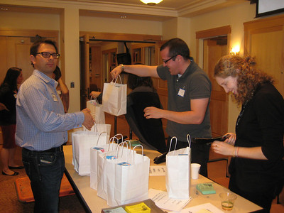 Young Adult Division Rosh Hashana Volunteers