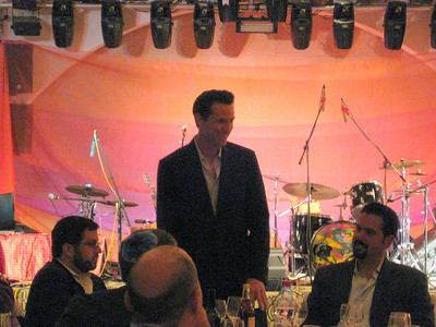 Mayor Newsom at Shabbat dinner